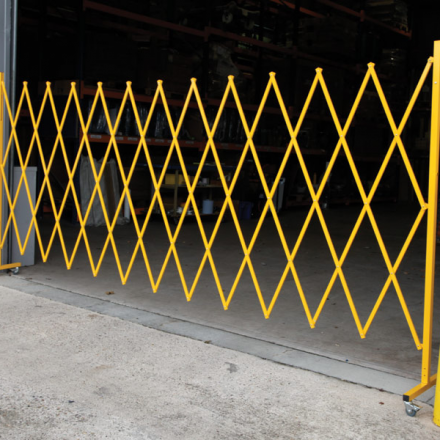 large-expanding-safety-barrier